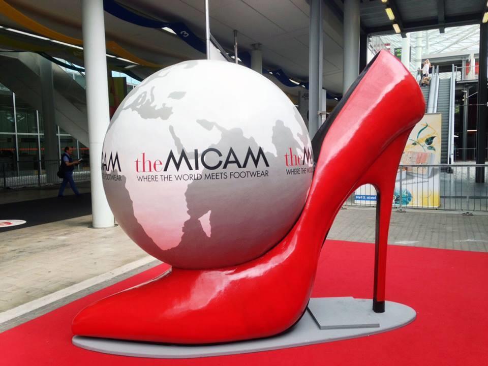 آشنایی با نمایشگاه کفش میلان